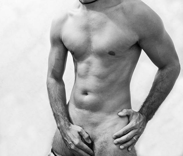 nahý muž