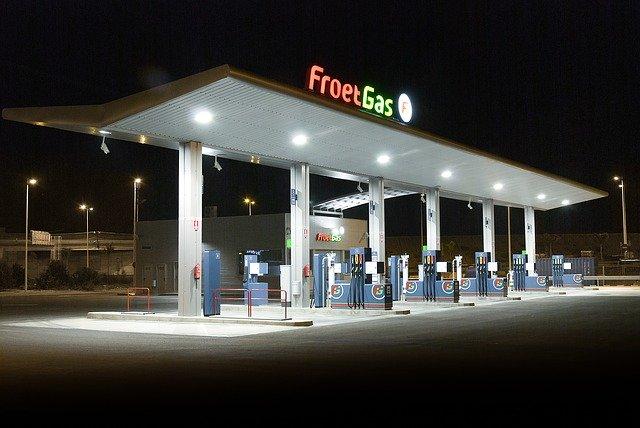 stanice pohonných hmot